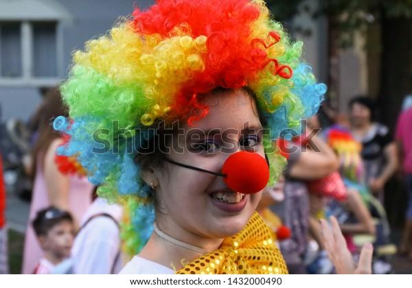 participant-clown-costume-annual-summer-