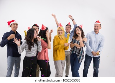 Party with best friends. a group of very positive friends have fun in a party. new year or birhtday celebration concept