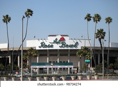 PASADENA, CA - MARCH 26 : A wide view of the Rose Bowl stadium on March 26, 2012.  The stadium is currently undergoing significant expansion to its press box and seating area.