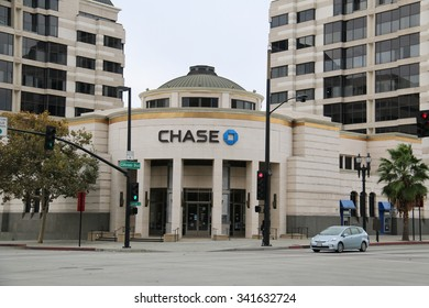 Pasadena, California, USA - November 15, 2015: Offering more than 5,100 branches and 16,100 ATM nationwide, JP Morgan Chase Bank, N.A. is a national bank and one of the Big Four banks of USA.