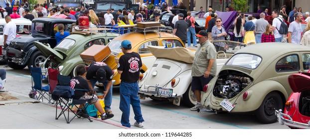 Pasadena Chalk Festival And Car Show Images Stock Photos - Pasadena car show