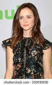 PASADENA - JAN 7:  Alexis Bledel at the HULU TCA Winter 2017 Photo Call at the Langham Hotel on January 7, 2015 in Pasadena, CA