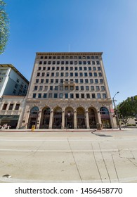 Pasadena, JUN 23: Exterior view of the BJ's Restaurant & Brewhouse, Top Financial building on JUN 23, 2019 at Pasadena, Los Angeles County, California