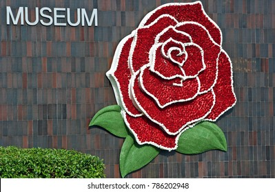 PASADENA/CALIFORNIA - JAN. 1, 2018: Tournament of Roses Logo placed upon the facade of the Norton Simon Museum in the city of Pasadena, California USA