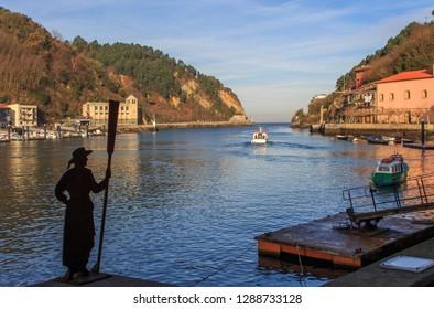 Pasaia Donibane,Guipuzcoa/España;25 12 2018:The small fishing village of Pasaia Donibane in Guipuzcoa