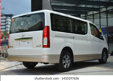 Toyota-hiace Images, Stock Photos & Vectors | Shutterstock