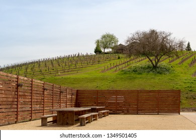 Paso Robles, EUA, CA - March 22, 2019: Glunz Family Winery & Cellars at Paso Robles, Central California, USA. - Image