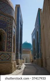 The passage in Shahi Zinda Necropolis