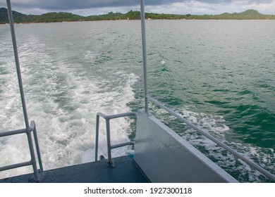 passenger boat that crosses from shore to the island