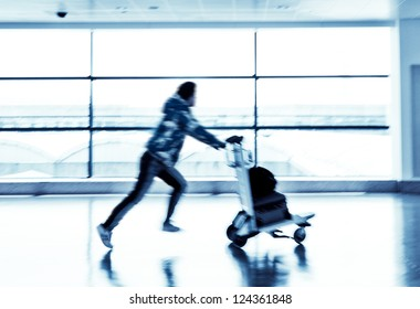 passenger in the shanghai airport
