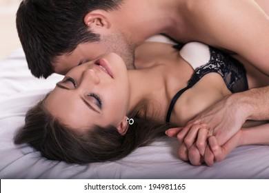 Ро мантичные секс видео интересная