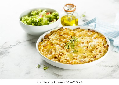 Pasta bake with cheese and fresh thyme