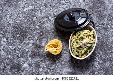Pasta with Green Spinach, Pine Nuts and Gorgonzola Cheese
