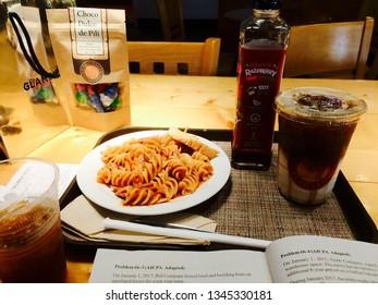 Pasta with raspberry and caramel machiatto.