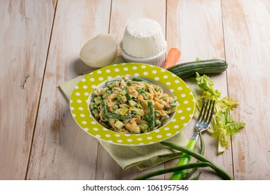 pasta with ricotta cheese zucchinis green beans and carrots