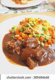 pasta with roasted pork and gravy
