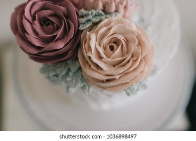 Pastel color cake with flowers