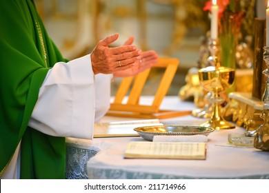 Pastor hands