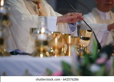 pastor is mass to the Catholic Church. Mass of the Catholics Christianity. Eucharist of catholic