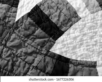 Patchwork Cotton Fabric Quilt Pattern with Curved Stripes in Black and White