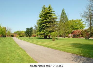 Pathe trhough a walled garden