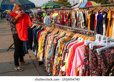 Pathum Thani,Thailand 28 02 2021:Shoppers shopping for second-hand clothes from secondhand markets.