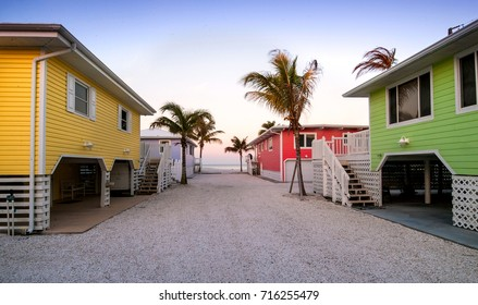 pathway to ft meyers beach passes oceanfront cottages