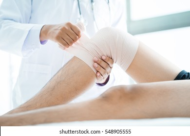 Patient with knee problem at consulting room