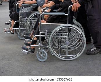patient on wheelchair / graybeard on wheelchair