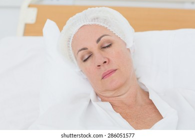patient sleeping in the bed at hospital