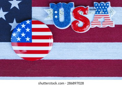 Patriotic holiday 4th of july: badge over American flag