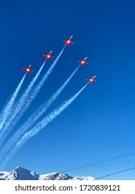 Patrouille Suisse during a formation flight