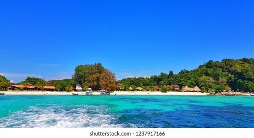 Pattaya beach at Koh Lipe Thailand, white sand beach, crystal clear sea is a popular tourist attraction.