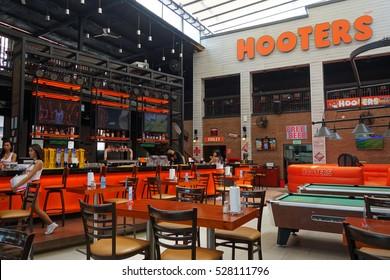PATTAYA, THAILAND - 22 NOV, 2016: View of internal Hooters restaurant in Pattaya, Thailand
