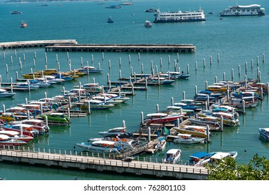Pattaya, Thailand - October 26 2017 :  Speed boat at harbor waiting for traveling.