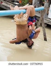 PATTAYA, THAILAND - Water Thai Boxing at Pattaya, Thailand on October 8, 1013