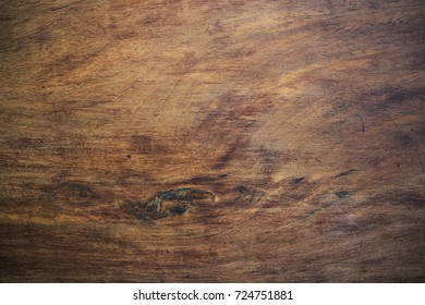 The pattern of wood after being polished clean.