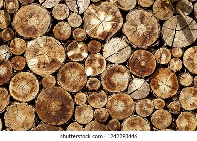 pattern of wood stack