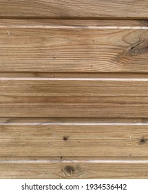 Pattern of wood strips separated by a groove
