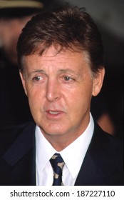 Paul McCartney at the Redbook Mothers and Shakers Awards, NYC, 9/10/2001