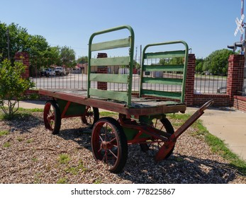 PAULS VALLEY, OKLAHOMA—APRIL 2017: Back view of an antique wagon cart displayed at the Santa Fe Depot Museum in Pauls Valley, Oklahoma.