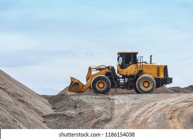 pay loaders at a construction site