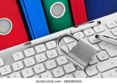 PC keyboard and lock with file folders