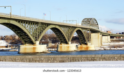 The Peace Bridge, which is one of the main border crossings between Canada and the United States, runs between Buffalo, New York and Fort Erie, Ontario