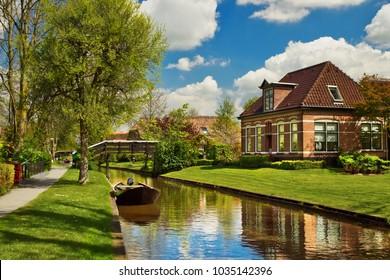 Peaceful rural landscape of Giethoorn village, the Netherlands