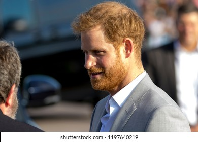 Peacehaven, East Sussex, UK. October 3rd 2018.  Prince Harry and Meghan Markle make their first official visit to the counties of West and East Sussex as The Duke and Duchess of Sussex.