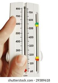 peakflow meter in hand
