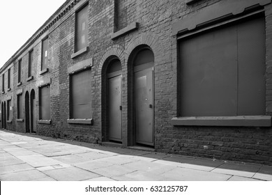 Peaky Blinders filming location - Powis Street Liverpool - Terraced Houses