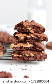 PEANUT BUTTER STUFFED CHOCOLATE COOKIES. Rich and Soft chocolate cookies stuffed with a creamy peanut butter and chocolate drops. Perfect healthy snack, breakfast or sweet treat.