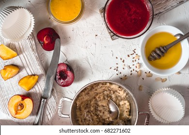 Peanut paste, fruit puree and honey for preparation of tartlets